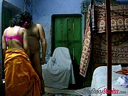 indian amateur savita bhabhi giving hot.