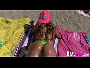 girlfriends have a beach orgy 209