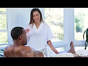 Enormous Black Penis Ravishes Jaye Summers