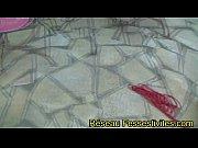 clip 2 pauvres filles forc&eacute_es et abus&eacute_es par.