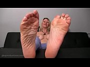 sexy milf&#039_s feet