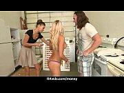 пять негров в блондинке порно
