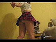 Dos diosas en minifaldas compitiendo en: El Duelo Parte II