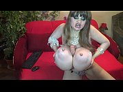 sandy queenofswords mature huge tits webcam