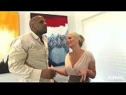 neg&atilde_o mete forte em loira rabuda-www.xxxvideos.gratis