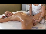 Massage Rooms Stunning athletic blonde lesbian gets an orgasmic massage