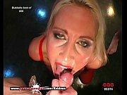 порно в бассейне секс смотри