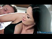 Emilie nu video sexe jeune femme enceinte nympho