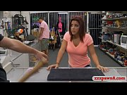 Amateur babe gets rammed by pawn dude at the pawnshop