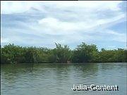 Am Pool und See gefickt - 2 Videos