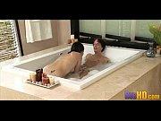 жены голые по дому