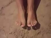 fetichimo de pies en la arena
