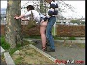 Sylvie fait la pute ! Elle se fait tirer en pleine rue !!! French amateur