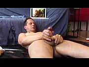 Il lui bouffe le cul femme muscler nue