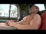 Ma salope de femme se fait baiser petites salopes nues