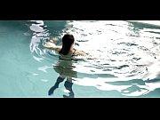 Karin Viard &_ Maï_wenn Le Besco &_ Sara Forestier &_ Marion Duval - L'_amour est u