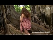 Libertinages - Cute girl, naked in front of a tree