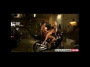 просмотр русского видео порно полизать трусики