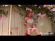 Yanks Vixen Zahra Stardust Masturbates Outdoors