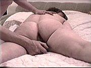 Sandrine la salope mature baisee par jeune