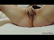British GF masturbates in hotel