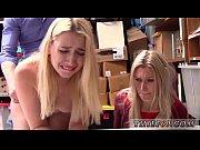 красивый секс втроем зрелых видео