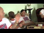 показать как мужики сасут у мужиков видеоролик