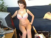 busty fucking machine webcam with joslyn.