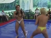topless extreme fight