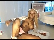 ebony young girl live masturbation show