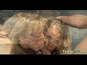 Mom and daughter threesome 0297