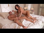 fitness babe inna caught masturbating &amp_.
