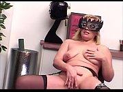 подсмотренное видео онлайн как мастурбируют девушки