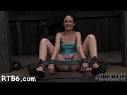 Hawt beauty is tearing up from her hardcore torture