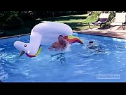 A wild fucking session on the edge of the pool between Chris Loan &amp_Kevin Ventura