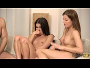 daddy4k. mom&#039_s two daughters getting naughty in her property