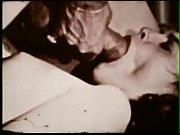 голые пышные дамы мастурбируют видео
