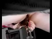 стринге наулце видено у девушки торчат