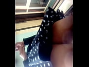 Bajo falda de mi secretaria
