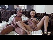 порнофото девушки в стрингах