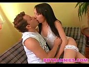 Estheticienne lesbienne salope aime grosse bite