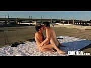 Порно на пляжі фільми