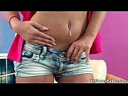hot blonde babe gets horny rubbing