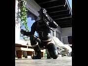 roxina2005rubberbootloverinthesun280305xl.wmv