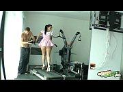 haciendo gimnasia - nacho vidal fuck&#039_s brunette at gym