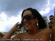 Cool glamour d euros à échéance sexe lesbien