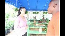 Latina Gives Blowjob Outside