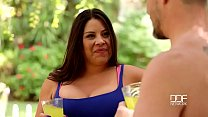Horny mom with big tits Candi Coxx gets banged ...