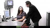 Married boss screws ebony secretary and gets busted's Thumb