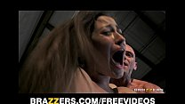 Dani Daniels gives an amazing BJ and gets rewar...